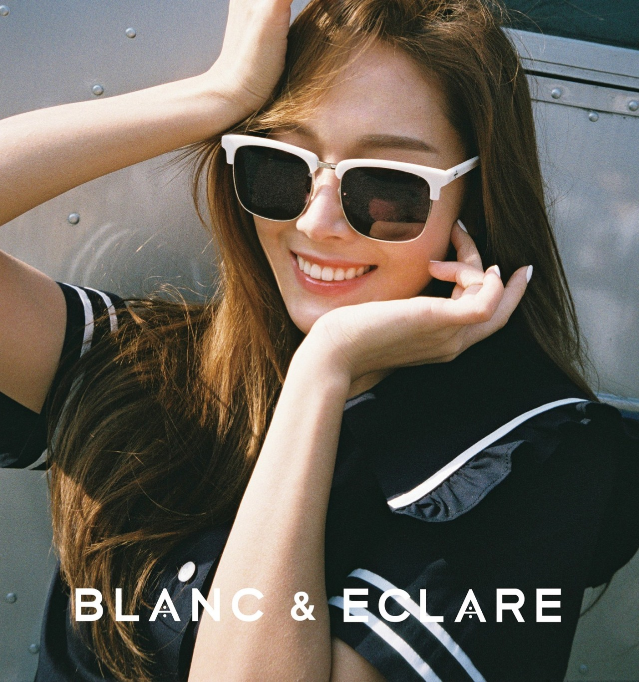 Jessica Jung in sunglasses N190628200304